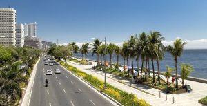 stroll along Manila Bay